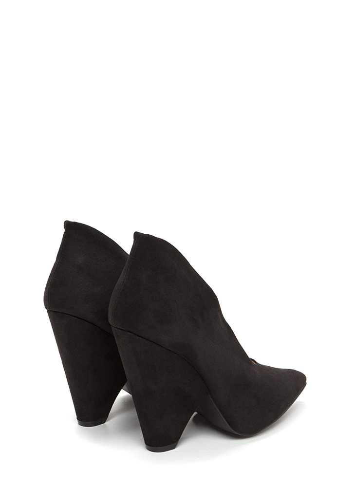 New Identity Pointy Chunky Booties BLACK