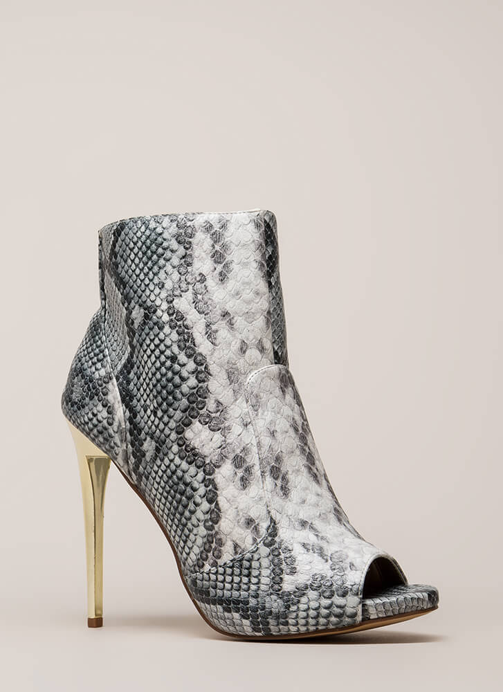 The Right Angle Snake Scale Booties WHITE