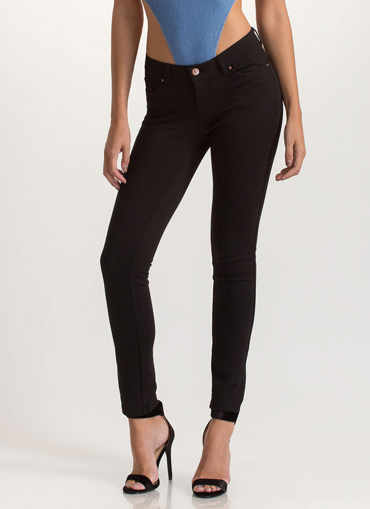 What's The Skinny Ponte Knit Pants BLACK