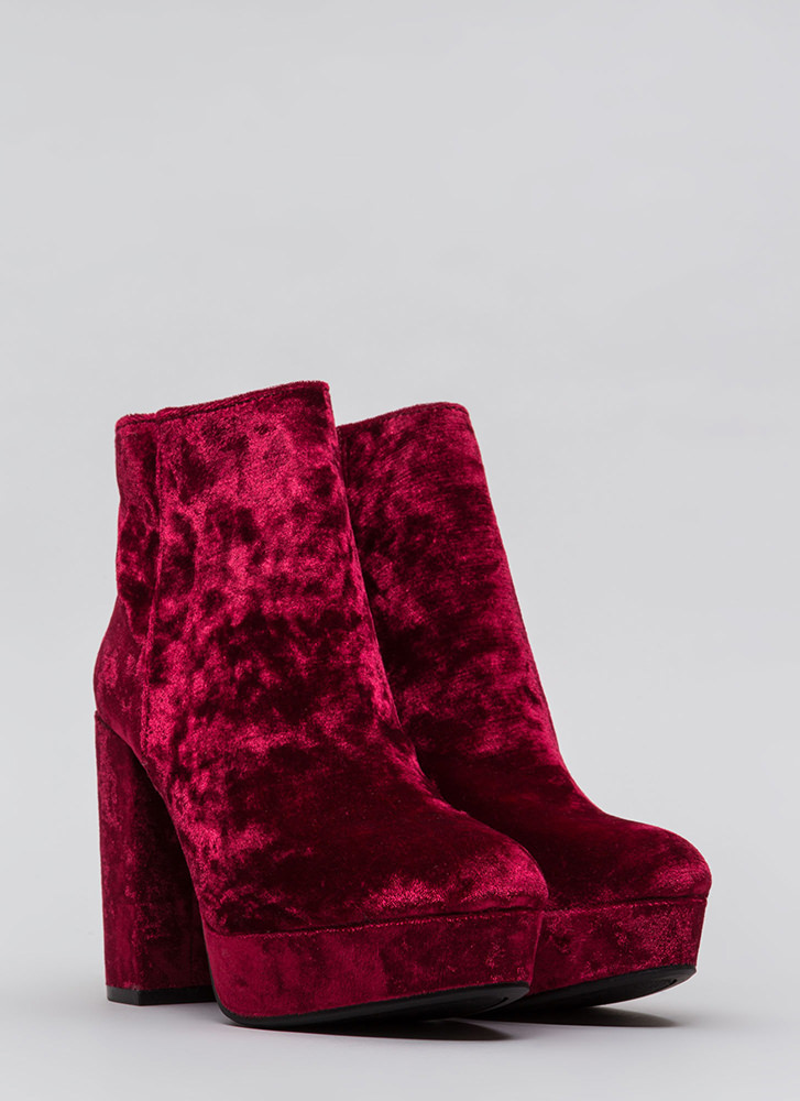 Oh So Chunky Crushed Velvet Booties BURGUNDY
