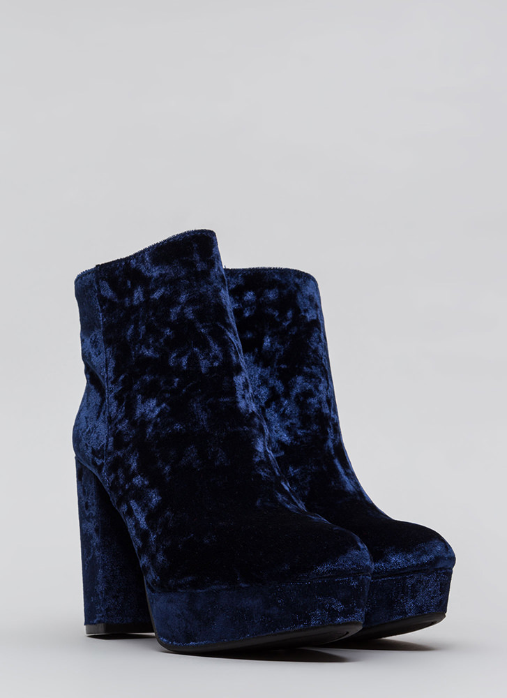 Oh So Chunky Crushed Velvet Booties NAVY