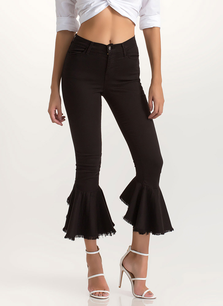 Flare Force One Ruffled Cropped Jeans BLACK
