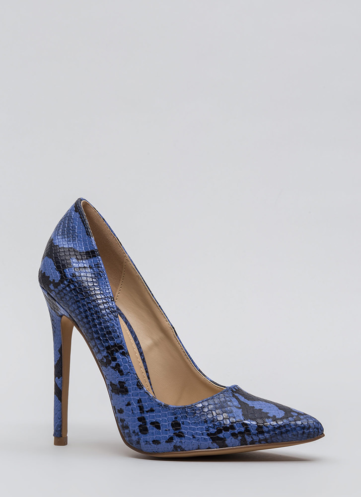 Snake Out Tonight Reptile Scale Pumps BLUE