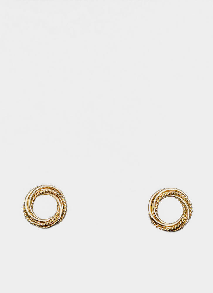 With A Twist Cut-Out Wreath Earrings GOLD