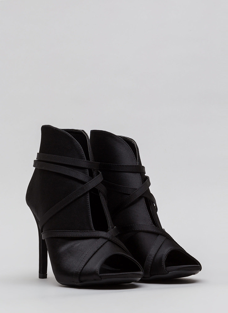 Wrapped In Straps Curvy Satin Heels BLACK