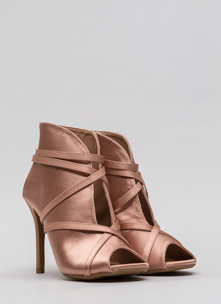 Wrapped In Straps Curvy Satin Heels MAUVE