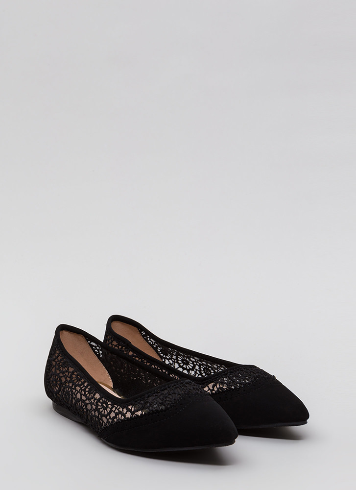 All In The Details Pointy Crochet Flats BLACK