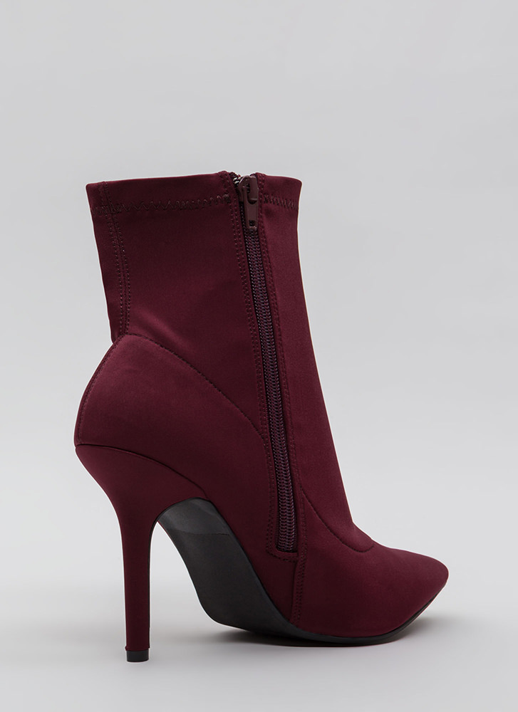Find The One Pointy Lycra Booties BURGUNDY