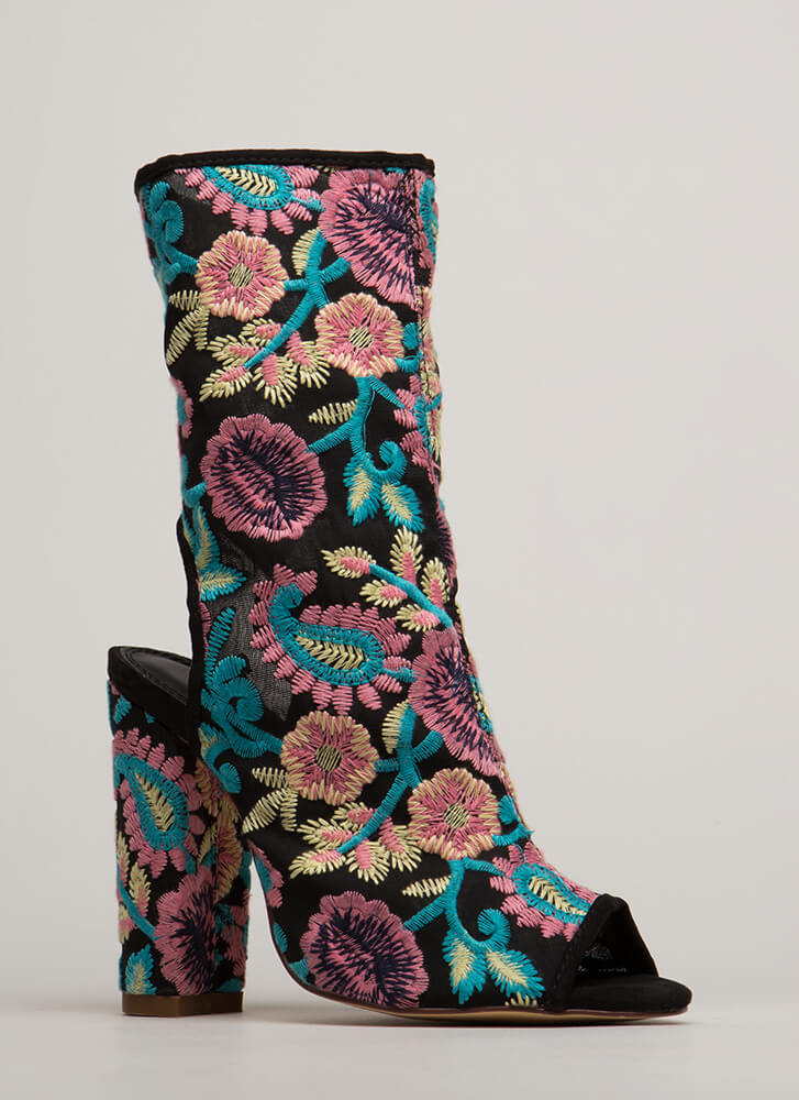 Garden Flowers Embroidered Mesh Booties PINK
