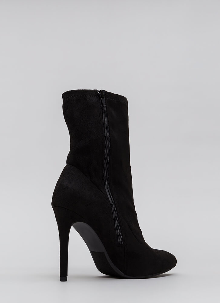 Tall Or Nothing Pointy Booties BLACK