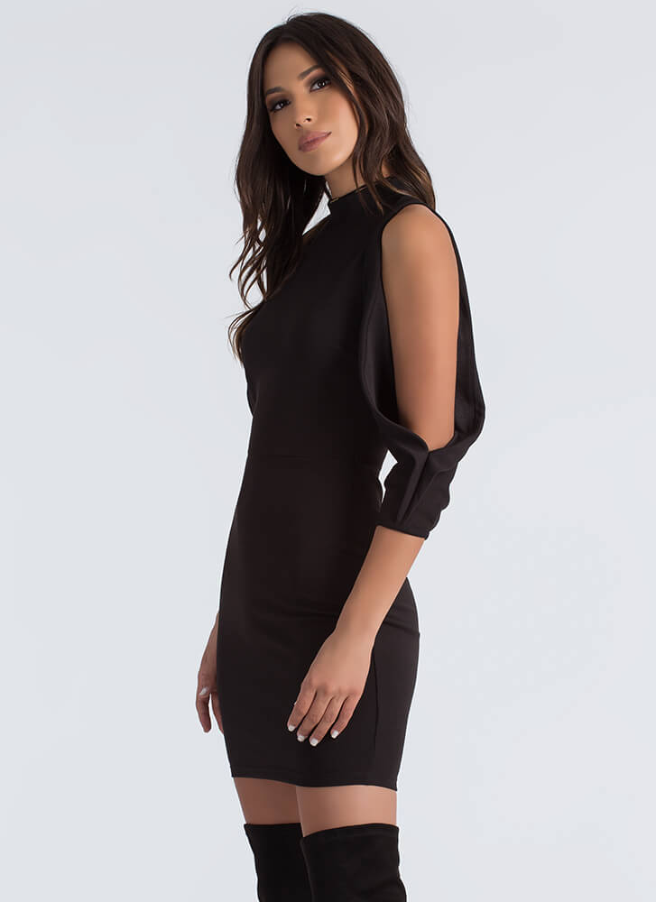 The Cold Shoulder Pleated Sleeve Dress BLACK