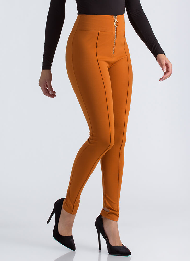 Ring It Up Pleated Cut-Out Skinny Pants AMBER