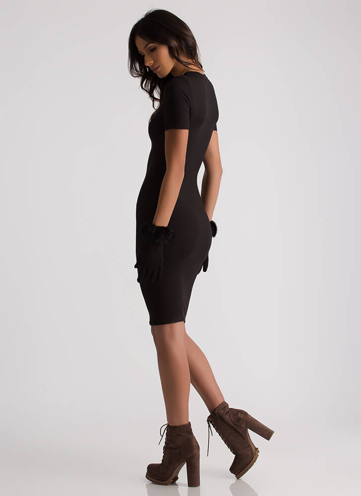 This Is Essential Short-Sleeved Dress BLACK
