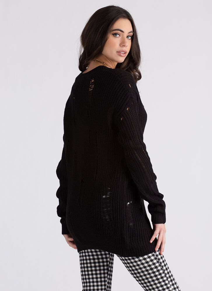 Snag This Distressed V-Neck Sweater BLACK