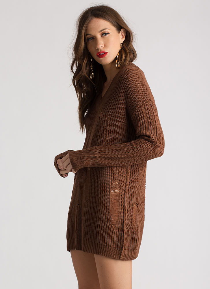 Snag This Distressed V-Neck Sweater COFFEE