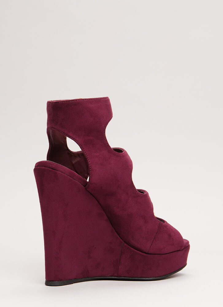 Four The Best Strappy Velvet Wedges WINE