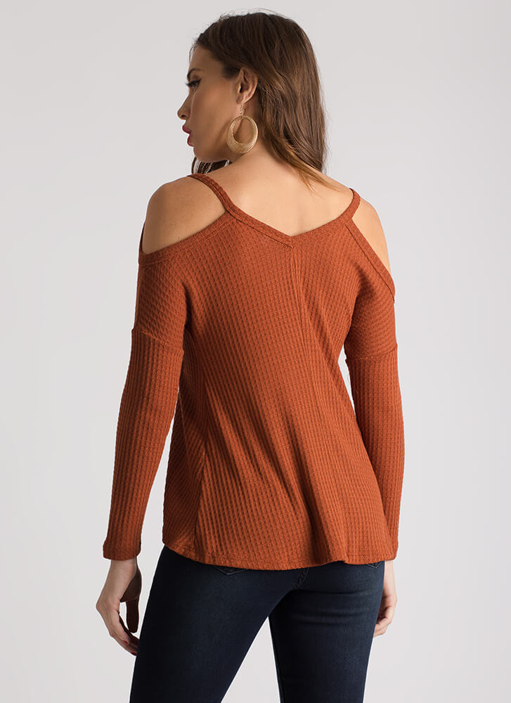 Casual Flare Textured Cold-Shoulder Top RUST