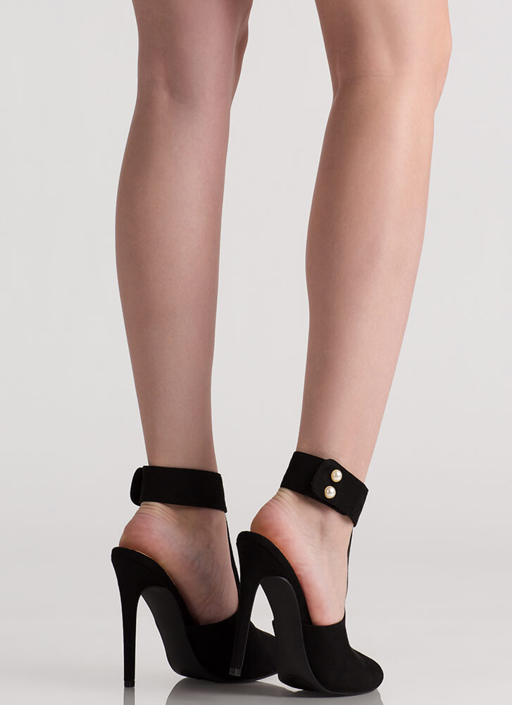 Pearly Greats Cut-Out Peep-Toe Heels BLACK