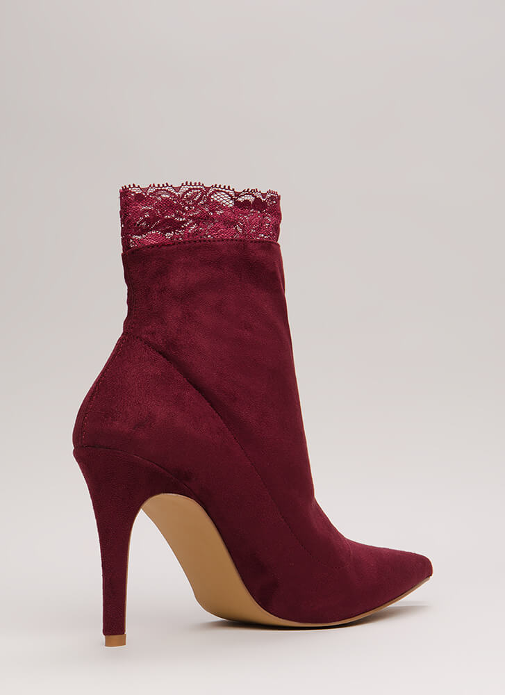 Sock And Roll Lace Trim Booties WINE