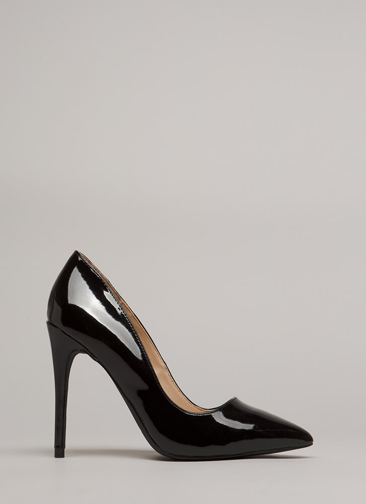 Point Blank Range Faux Patent Pumps BLACK