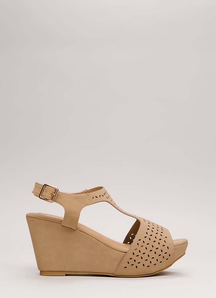 Open Your Eyelets Faux Nubuck Wedges NATURAL