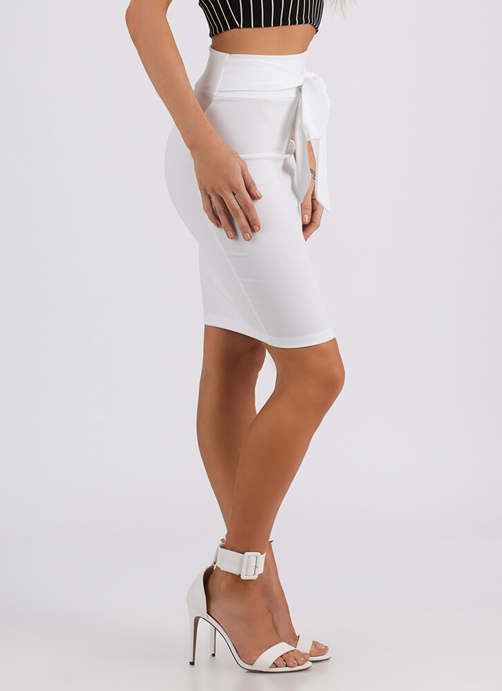 We Present To You Tied Bow-Front Skirt IVORY