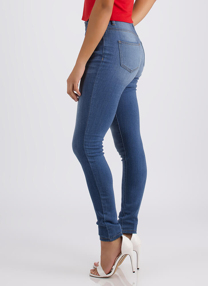 Come Out In The Wash Skinny Jeans LTBLUE
