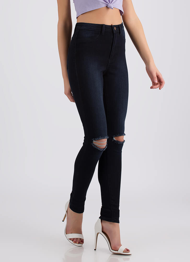 Knee To Success High-Waisted Jeans DKBLUE (Final Sale)