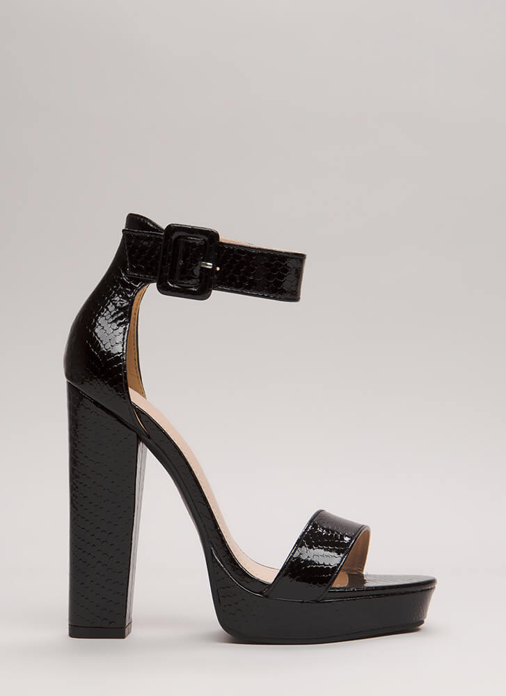 Scale These Heights Chunky Platforms BLACK