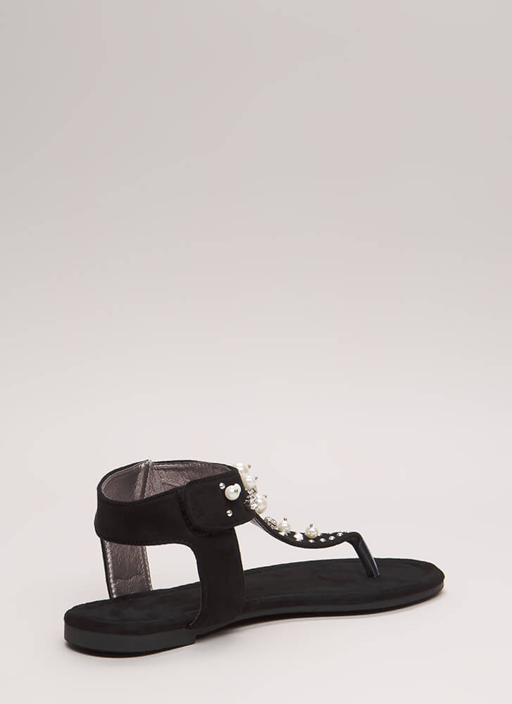 Pretty In Pearls Jeweled Cut-Out Sandals BLACK (Final Sale)