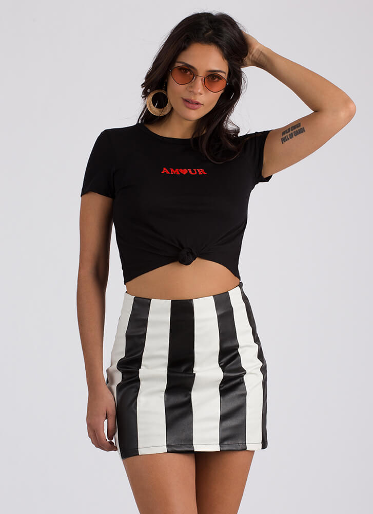 Mon Amour Knotted Graphic Crop Top BLACK