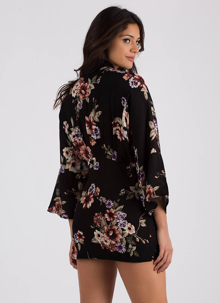 Wrapped In Mystery Floral Kimono BLACK