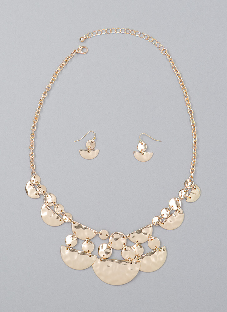 Around In Circles Hammered Necklace Set GOLD (You Saved $9)