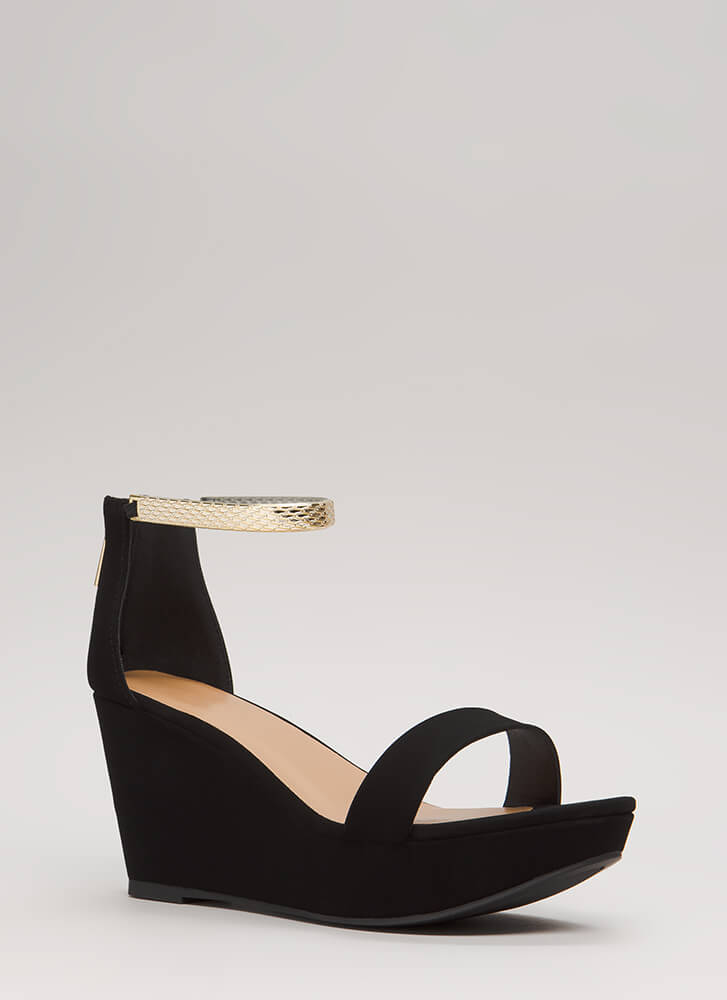 Luxe Look Chain Strap Platform Wedges BLACK
