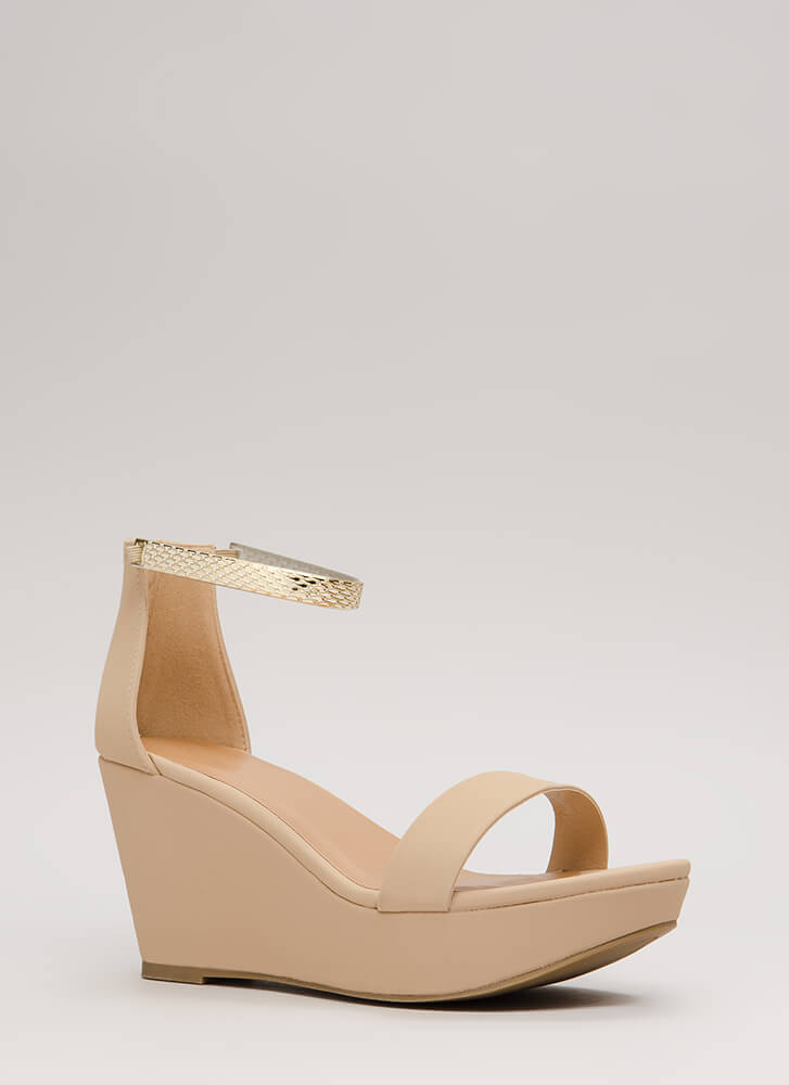 Luxe Look Chain Strap Platform Wedges NUDE