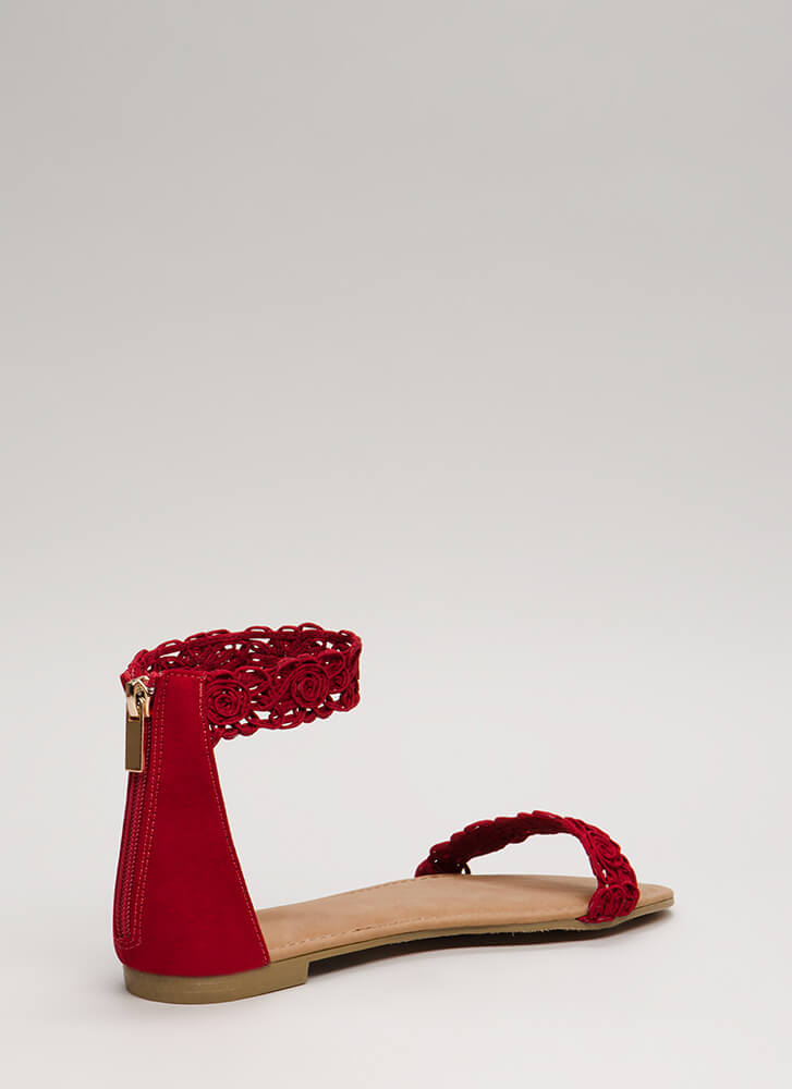 Feeling Gorgeous Faux Suede Sandals RED