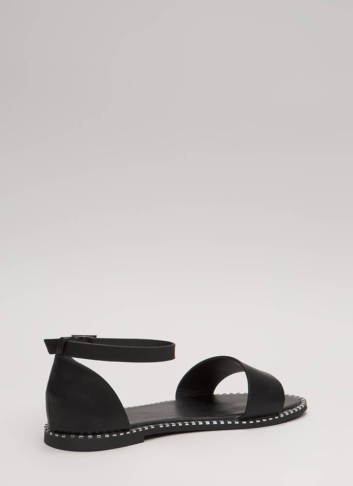 Maximum Style Strappy Trimmed Sandals BLACK