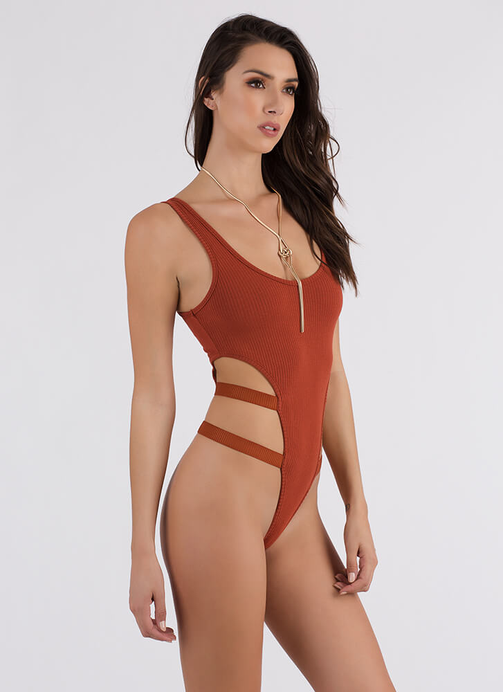 Side To Side Cut-Out Thong Bodysuit CHILIRUST