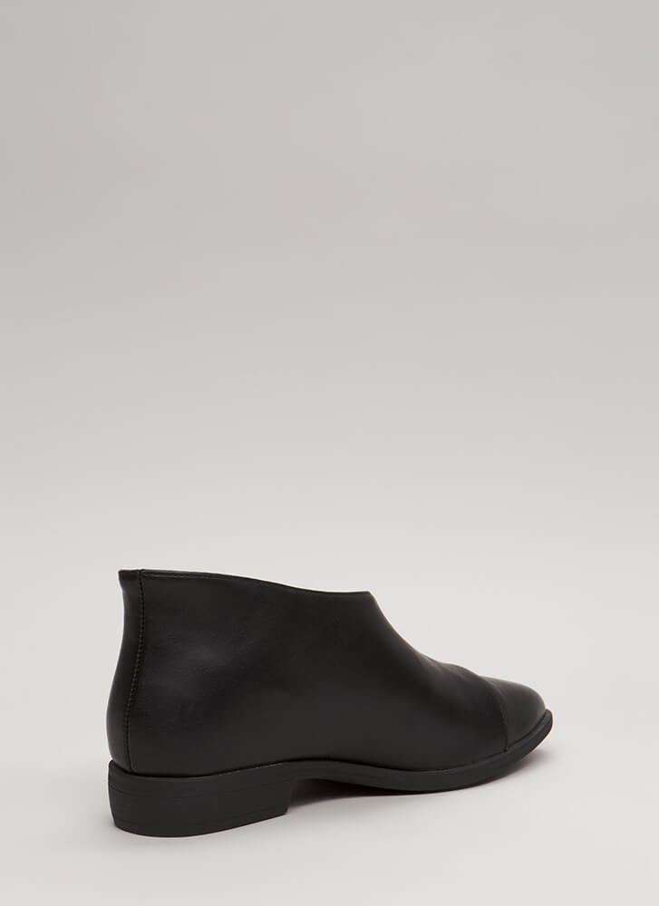 On The Side Asymmetrical Cut-Out Flats BLACK