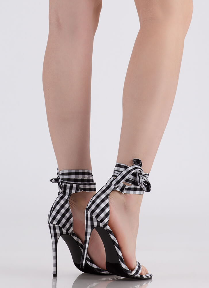 Country Star Lace-Up Gingham Heels BLACK