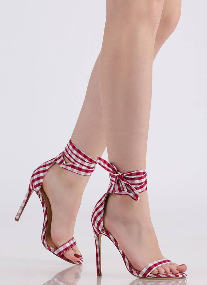 Country Star Lace-Up Gingham Heels RED