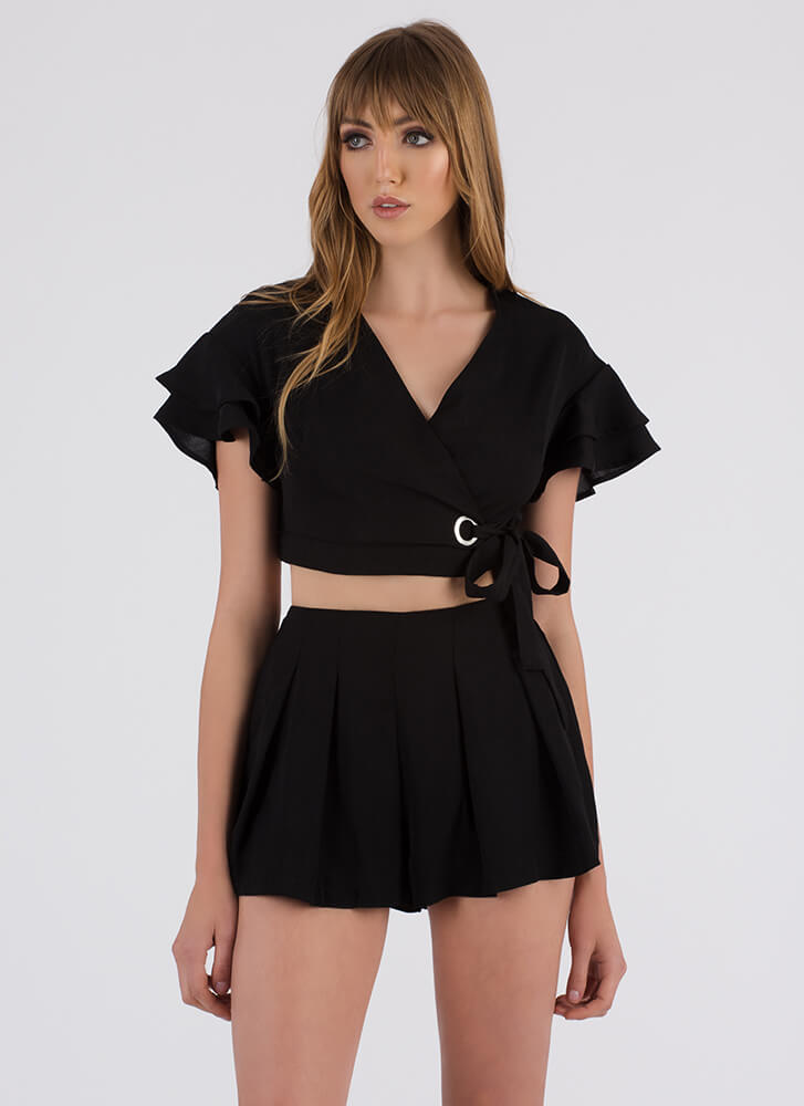 You Come Pleat Me Top And Shorts Set BLACK