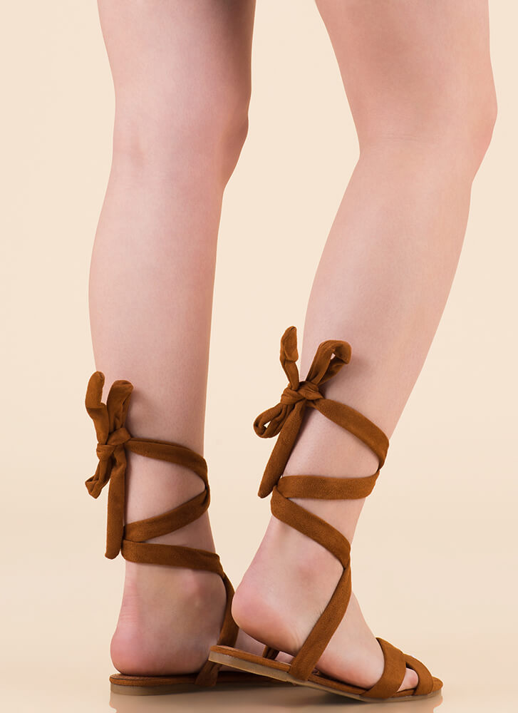 Fresh Legs Strappy Lace-Up Sandals COGNAC