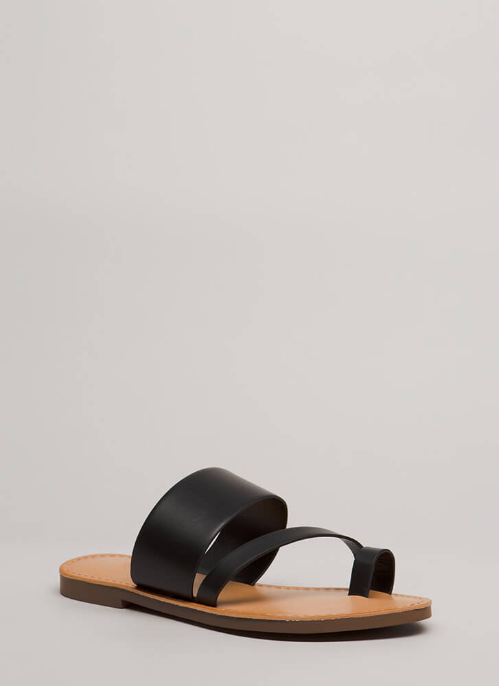Cool Girl Strappy Faux Leather Sandals BLACK