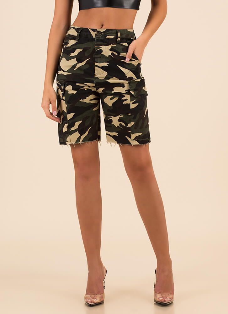 Surrender Now Camo Cargo Shorts GREEN
