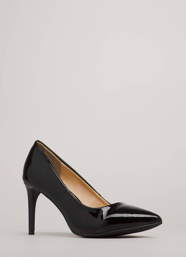 Short Supply Pointy Faux Patent Pumps BLACK