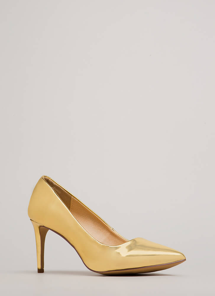 Short Supply Pointy Faux Patent Pumps GOLD