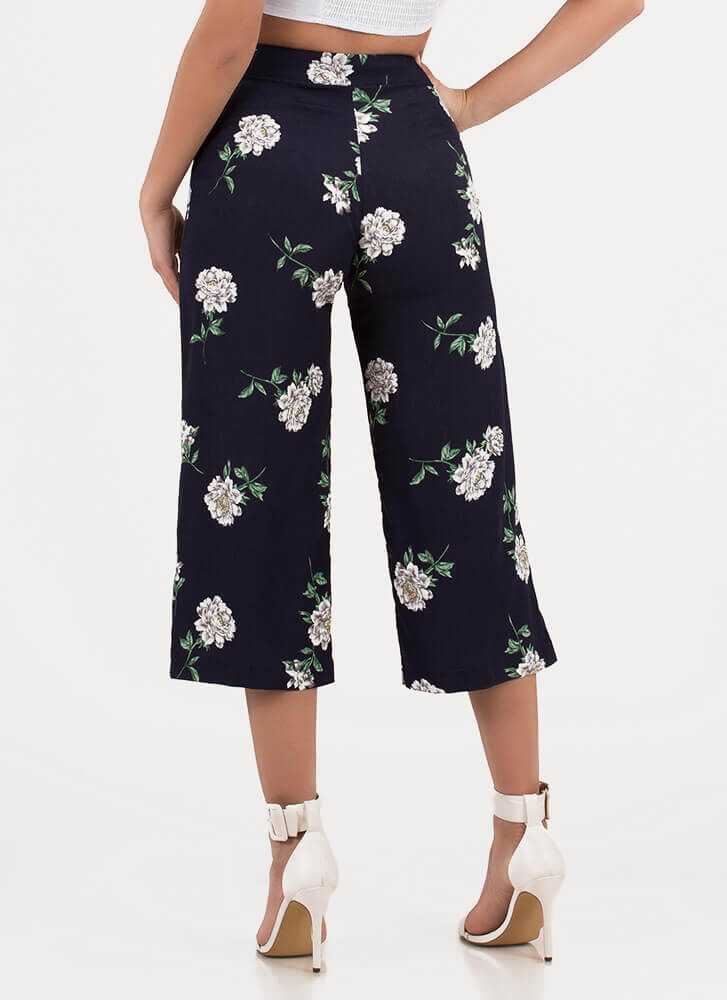 Throw Flowers Cropped Palazzo Pants NAVY