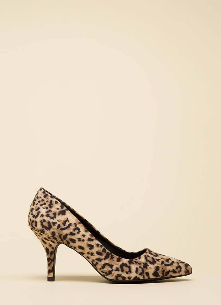 That's Wild Short Pointy Leopard Pumps CAMEL