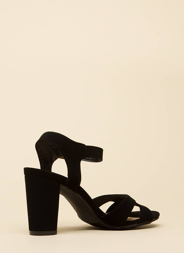 Shoe Collection Chunky Faux Nubuck Heels BLACK